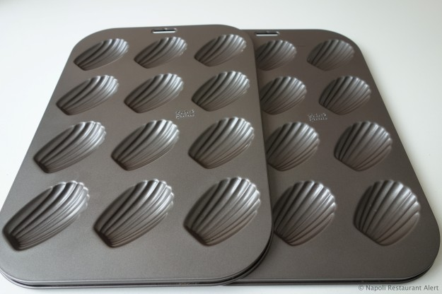 Madeleine baking pans