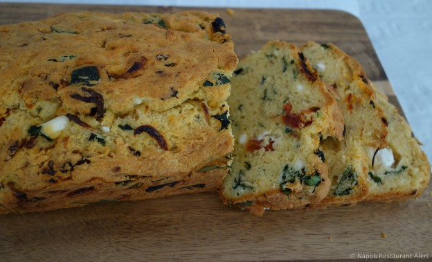 Spinach, Feta & Tomato Loaf