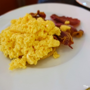 Scrambled eggs with Moyallon Bacon