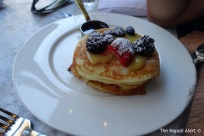 Blueberry buttermilk pancakes with lemon curd